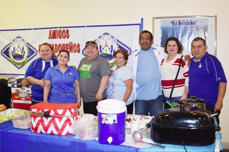 R. Dheming y 'Amigos Salvadoreños'  La vista puesta en el trabajo comunitario