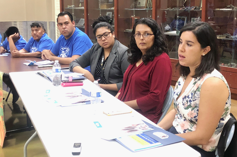Sobre la mesa temas de interés para familias de Nevada