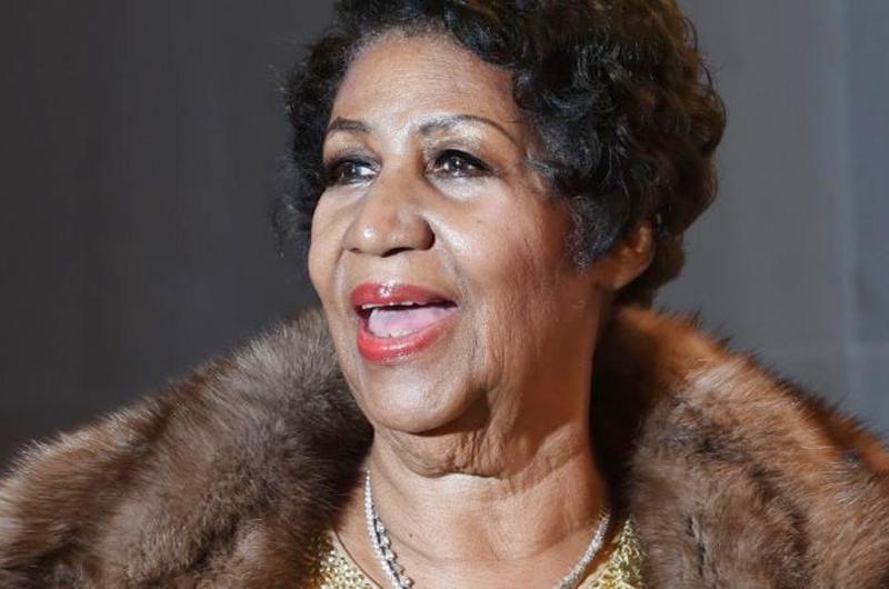 "Reportan grave a Aretha Franklin, conocida como ""La Reina del Soul"""