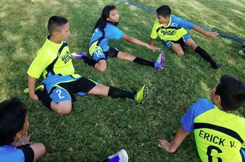 ¿Cómo evitar lesiones en el futbol infantil?
