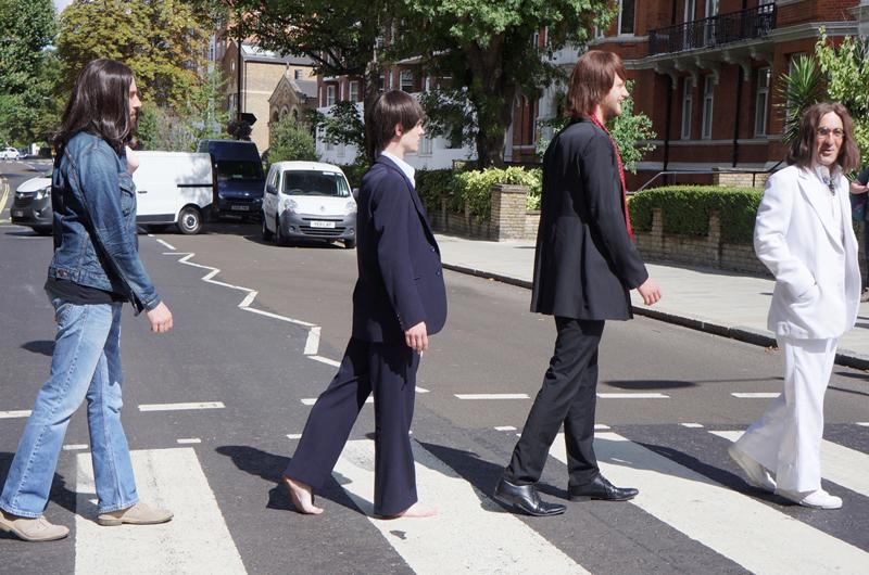 Recrean foto de The Beatles del famoso álbum Abbey Road