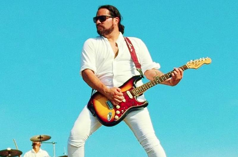 Entre rock y arpegios de guitarra: Jei Pir