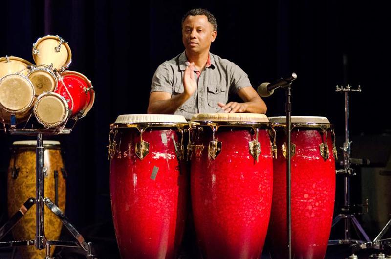 Chiqui García, el pequeño gigante de la percusión... Salsa con timba