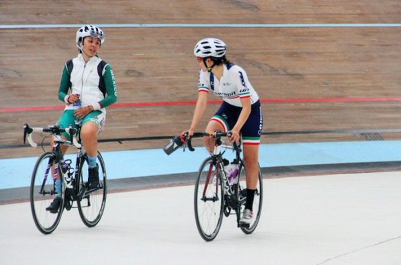 Ciclistas mexicanas sobresalen en Australia