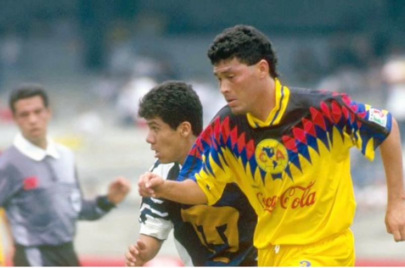 Juan Hernández lamenta que laterales se desaprovechen en Tricolor