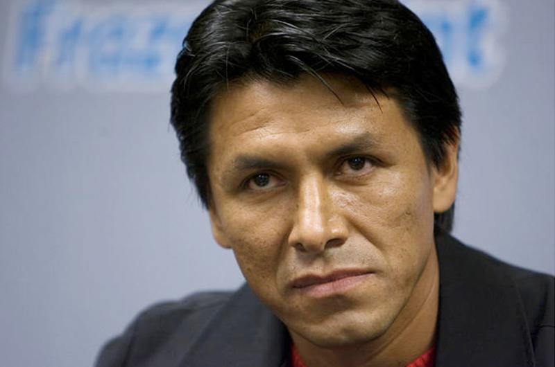 Claudio Suárez afirma que se han tomado malas decisiones en Pumas