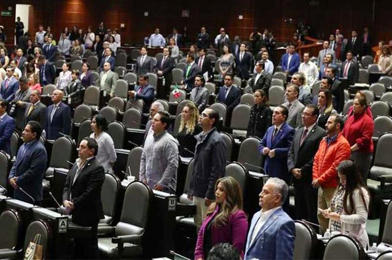 Entre gritos e insultos, diputados debaten caso LeBarón