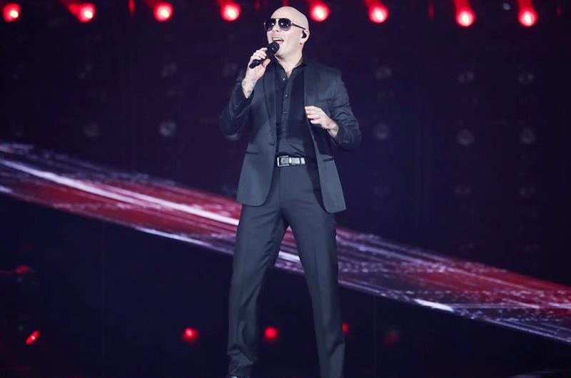 Pitbull dará dos conciertos en una plataforma digital