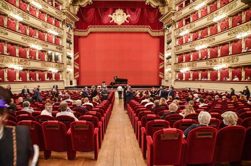 La pandemia entra en La Scala de Milán y contagia a veintisiete artistas