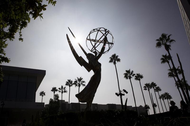 Netflix reina por fin en los Emmy con
