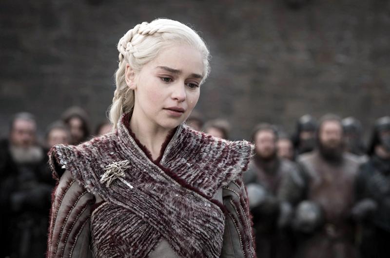 Emilia Clarke dice que la presionaron para desnudarse en Game of Thrones