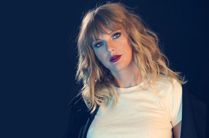 Taylor Swift alza la voz contra la homofobia en video con Katy Perry