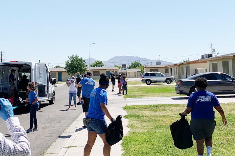 Organizaciones del valle entregan artículos escolares y de higiene