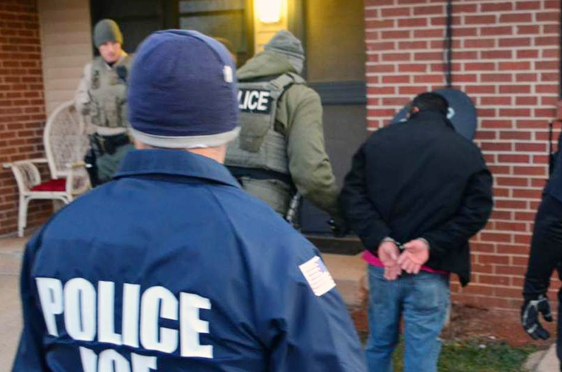 Condados demócratas de Nueva Jersey lucran con detención de inmigrantes