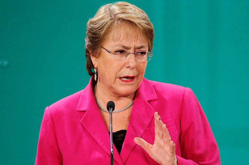 Bachellet alerta contra criminalizar a migrantes