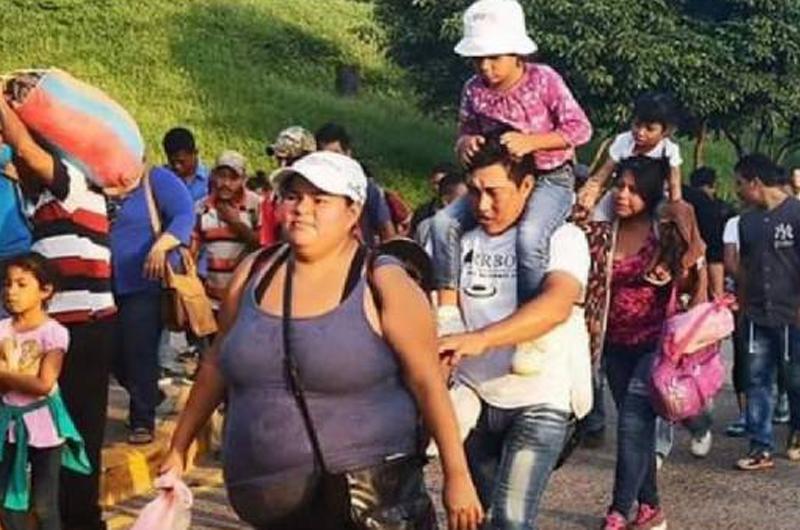 Miles de migrantes demandan en Los Ángeles fin a redadas y deportaciones