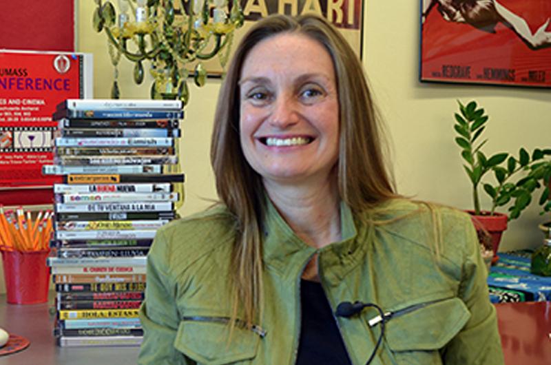 Barbara Zecchi presenta libro sobre la cineasta Isabel Coixet