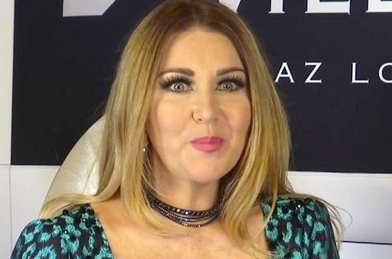 Alicia Villarreal deleita con sus grandes éxitos en el Metropólitan