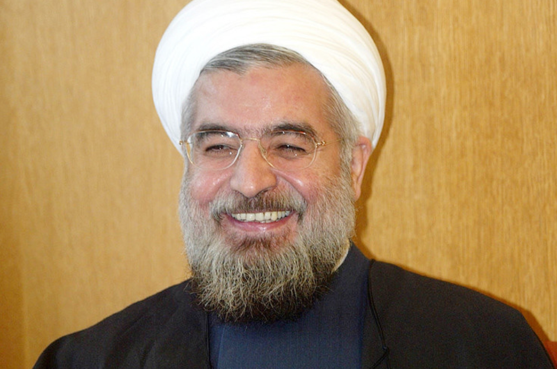 """Presidente de Irán califica de """"indignantes e idiotas"""" sanciones de EUA"""