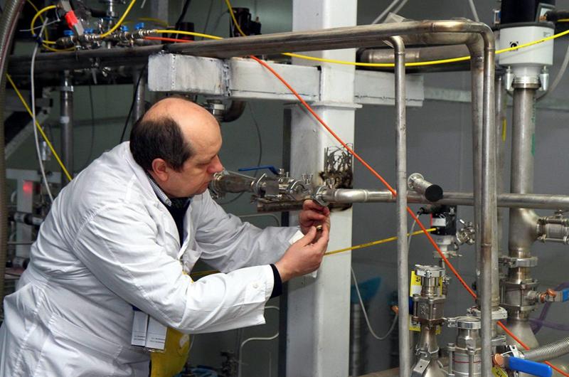 Irán activará nuevas centrifugadoras para aumentar reservas de uranio