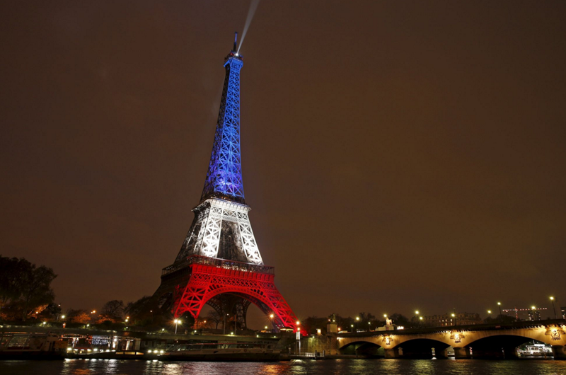 Francia se opone a Estados Unidos por Corte Penal Internacional