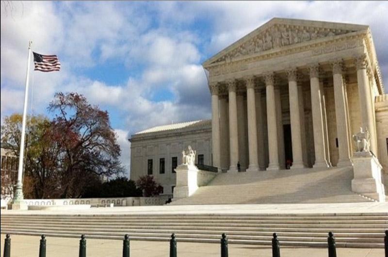 Desestima Suprema Corte de EUA derecho de aborto para indocumentada