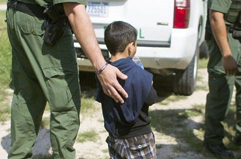 EUA defiende separación de niños de sus padres indocumentados