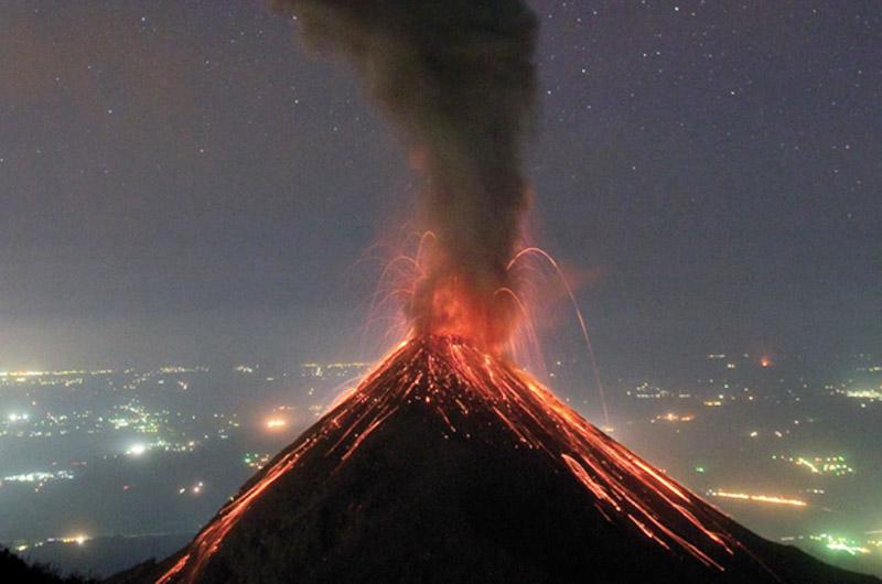 Se eleva a 69 el número de muertos por erupción del volcán de Fuego