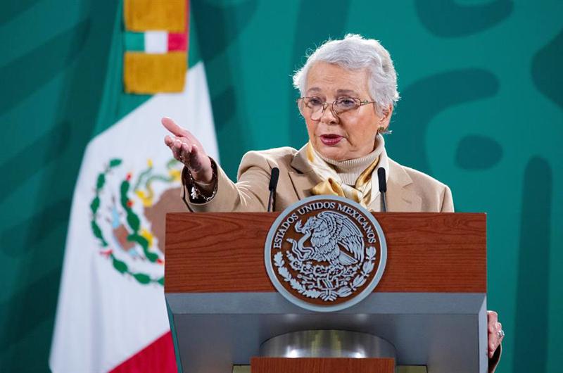 México investiga a sus agentes de migración por masacre en el norte del país