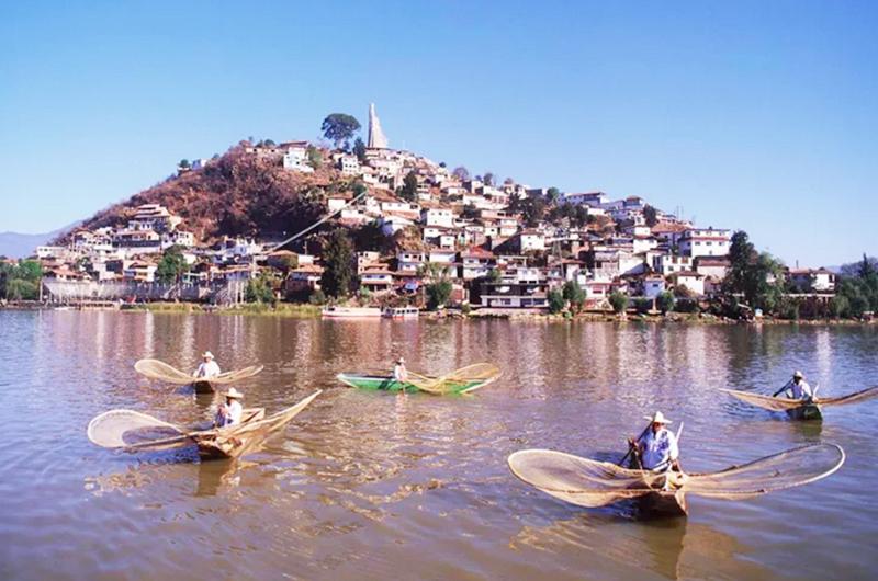 "Coinciden patzcuarenses en LV: ""Vinimos de un lugar famoso por sus bellezas"""