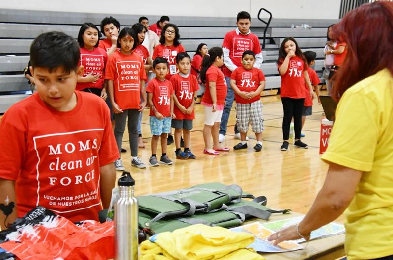 'Moms Clean Air Force' ponen salud y cuidado del medio ambiente por delante