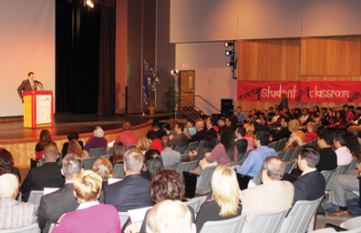 Aumentó el número de graduados de preparatoria en el CCSD