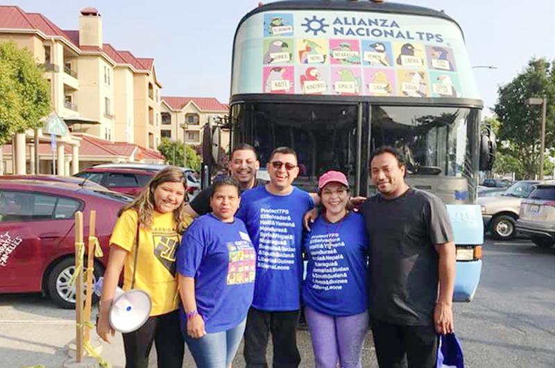 El optimismo viaja en autobús... Prosigue su recorrido caravana TPS