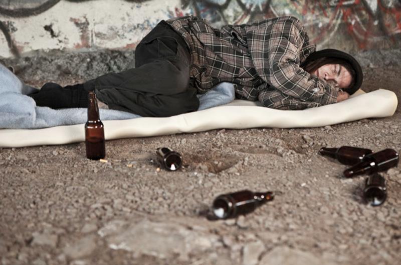 Advierte estudio de daños a la salud por exceso o abstinencia de alcohol