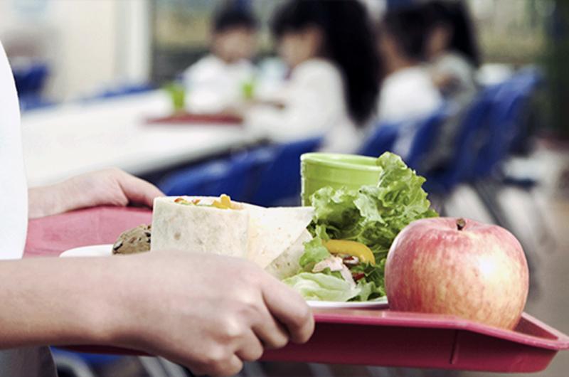 Programas de comidas en escuelas del Distrito Escolar