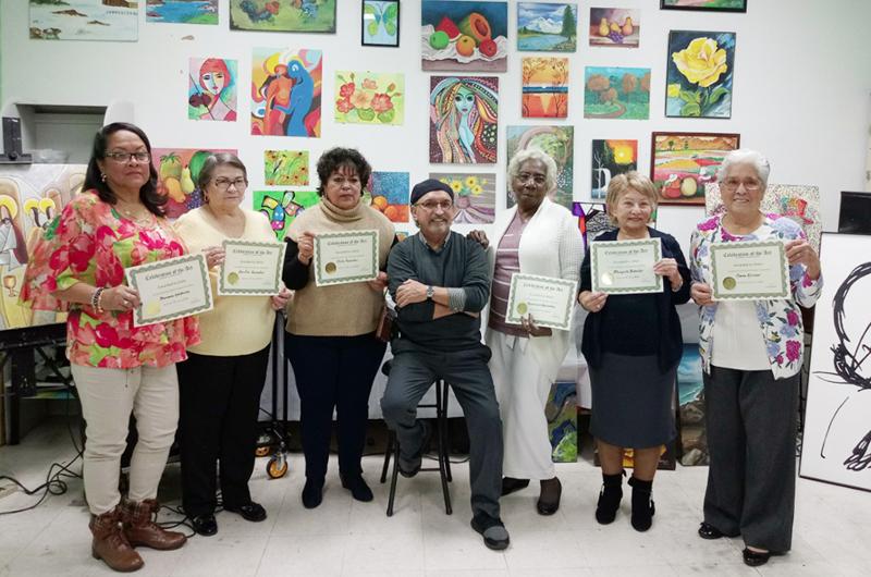 Premiaron a ganadoras del concurso de artes plásticas