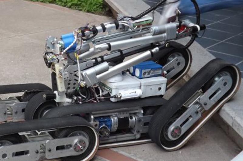 Crean estudiantes prototipos de robots para búsqueda y rescate