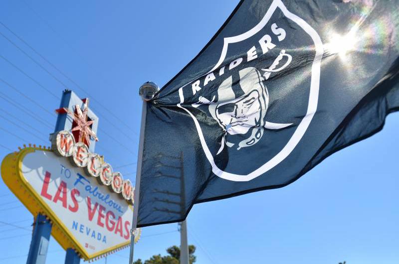Lo de aquí... lo de allá: Los Raiders