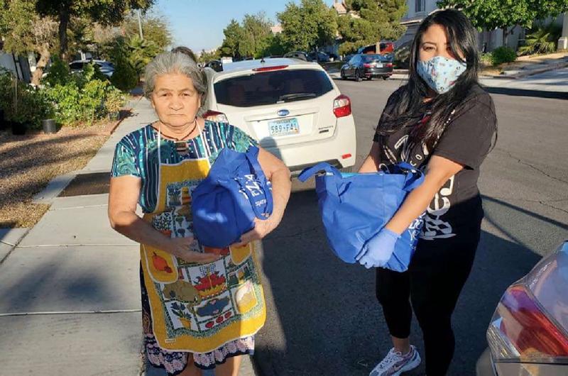 Despensas a domicilio para salvadoreños en el valle