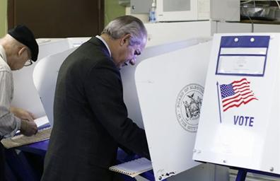 Preocupados votantes hispanos por rumbo del país
