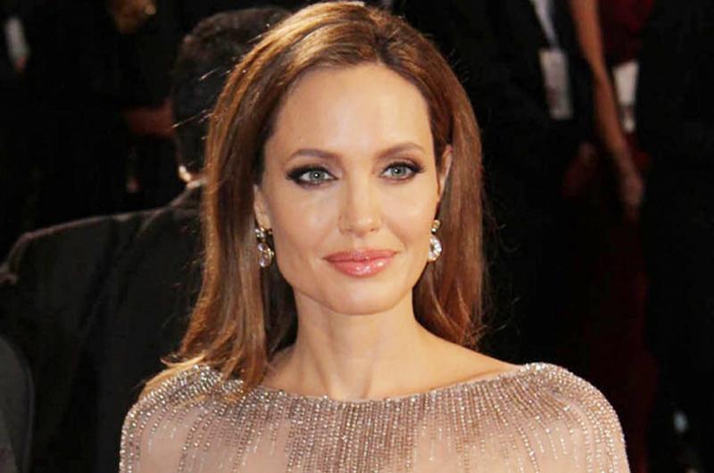 Angelina Jolie compra mansión en Los Ángeles por 24 mdd