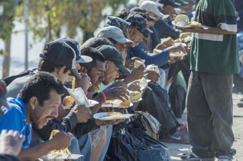 Publicación colectiva rescata historias de migrantes mexicanos