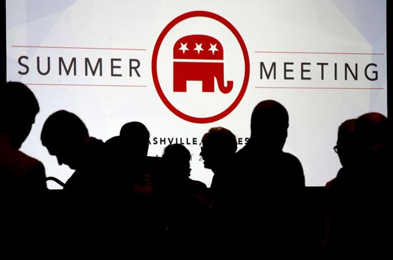 Comité Nacional Republicano condena supremacistas blancos