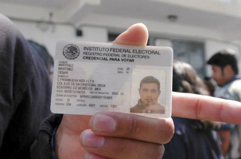 Instan a mexicanos del valle a a solicitar la Credencial de Elector