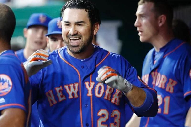 Adrián González batea dos jonrones en triunfo de Mets en Grandes Ligas