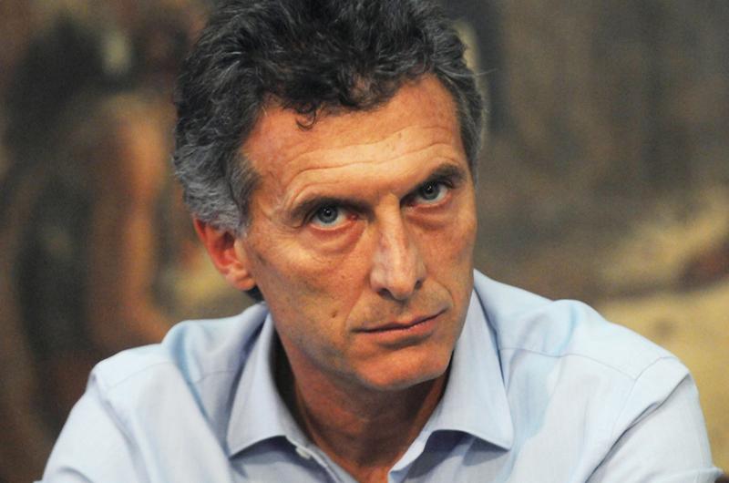 Analizan suspender partidos de futbol en Argentina por insultos a Macri