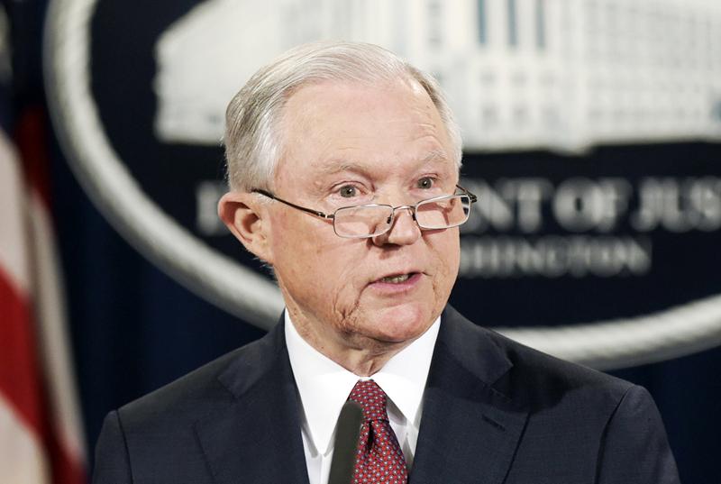Ordena juez liberar recursos a ciudades santuarios en Estados Unidos