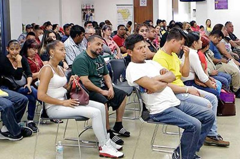México lanza estrategia de ayuda a migrantes en Estados Unidos