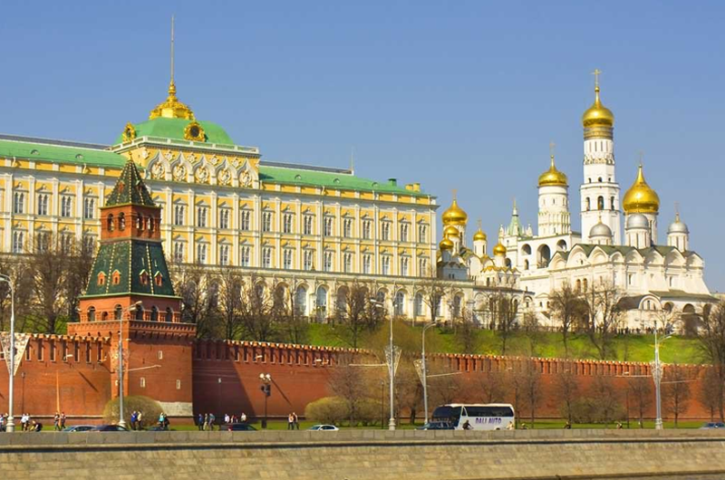 Rusia critica política