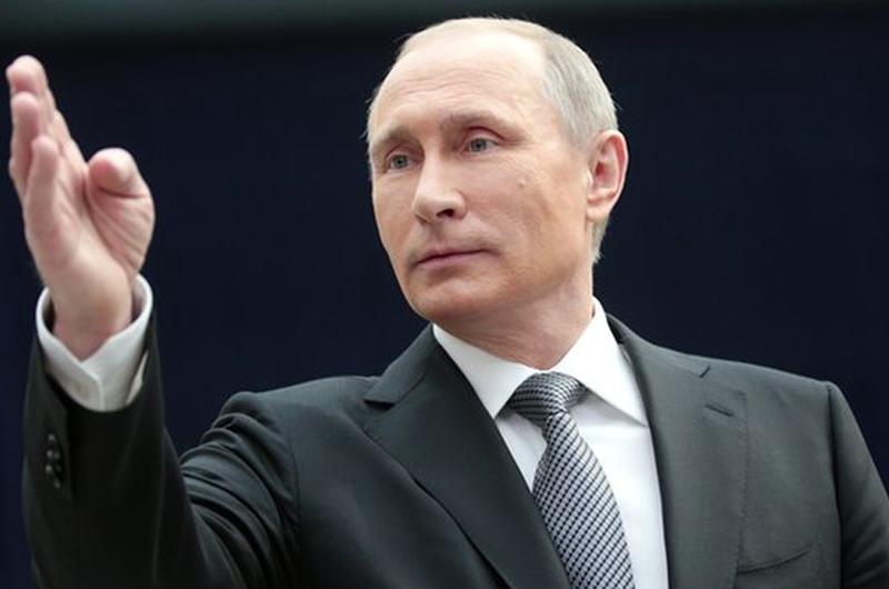 Putin pide a países que poseen armas químicas a destruirlas